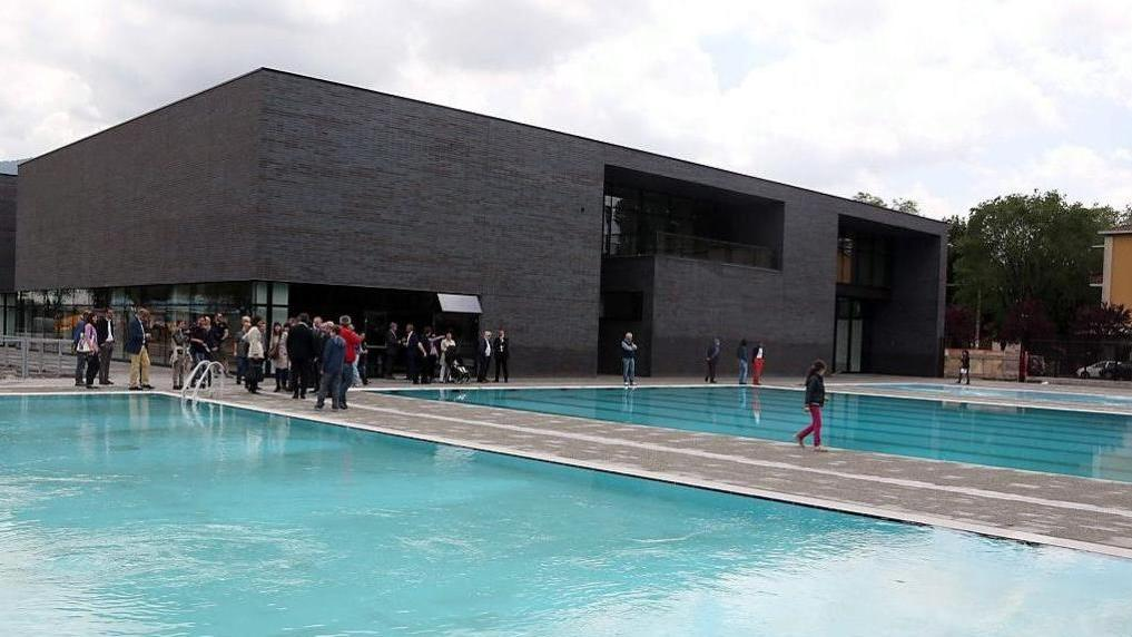 Mompiano ecco finalmente la piscina home bresciaoggi - Piscina montichiari ...