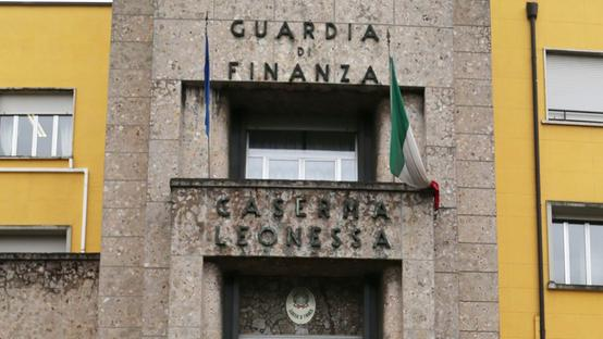 La Guardia di Finanza ha arrestato uno spacciatore